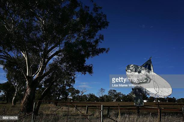 A street sign in a paddock directs drivers to the Australian Commonwealth Scientific and Industrial Research Organisation's Australia Telescope...