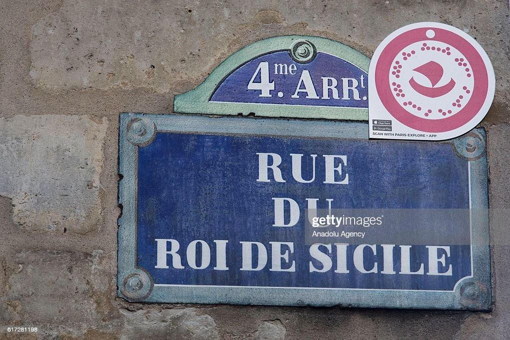 A street sign is seen after it is told that American actress Scarlett Johansson was behind the desk of 'Yummy Pop', the new popcorn shop opened by her husband at Le Roi de Sicile, in Paris, France on October 22, 2016.