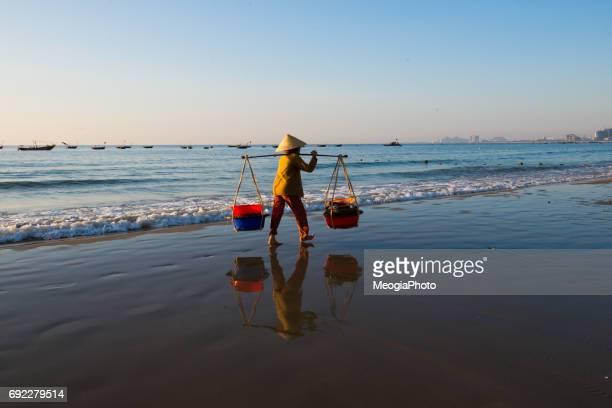 Street vendor on My Khe beach