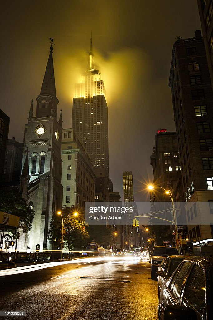 Street view of the Empire State building at night : Stock Photo