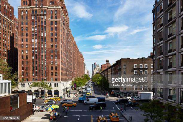 Streetscene w 23rd and 10th Avenue