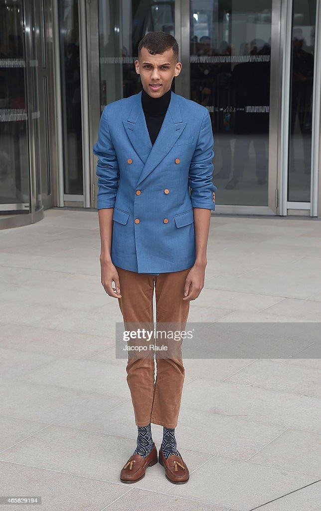 <a gi-track='captionPersonalityLinkClicked' href=/galleries/search?phrase=Stromae&family=editorial&specificpeople=6826786 ng-click='$event.stopPropagation()'>Stromae</a> departs the Louis Vuitton show as part of Paris Fashion Week Fall Winter 2015/2016 on March 11, 2015 in Paris, France.