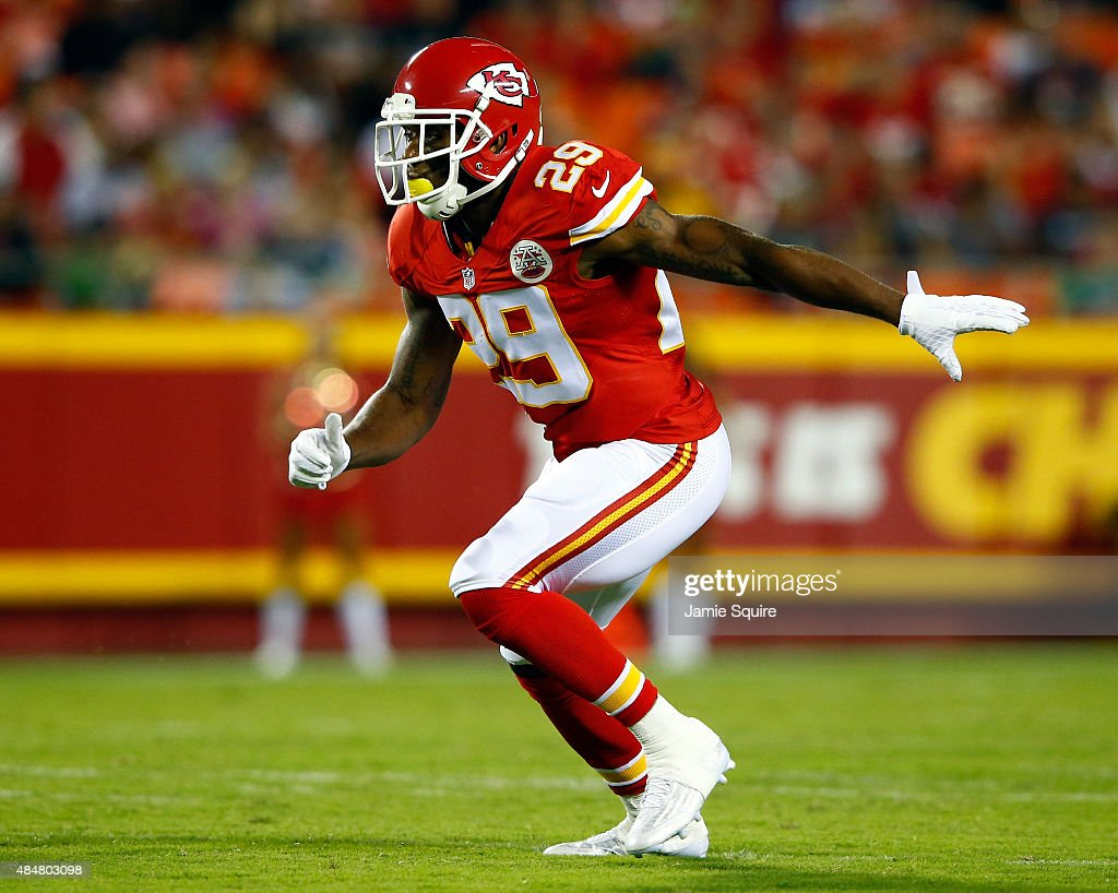 Strong safety <a gi-track='captionPersonalityLinkClicked' href=/galleries/search?phrase=Eric+Berry+-+American+Football+Player&family=editorial&specificpeople=4501099 ng-click='$event.stopPropagation()'>Eric Berry</a> #29 of the Kansas City Chiefs in action during the preaseason game against the Seattle Seahawks at Arrowhead Stadium on August 21, 2015 in Kansas City, Missouri.