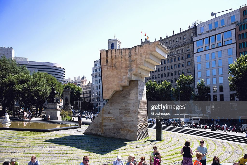 Structure in front of a building, Barcelona, Spain : Foto de stock