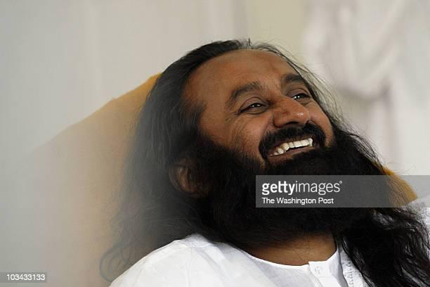 July 4 2007 CREDIT Carol Guzy/ The Washington Post Washington DC Sri Sri Ravi Shankar leader of the Art of Living visits DC