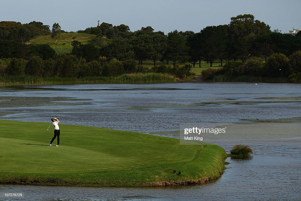 <a gi-track='captionPersonalityLinkClicked' href=/galleries/search?phrase=Stuart+Appleby&family=editorial&specificpeople=183401 ng-click='$event.stopPropagation()'>Stuart Appleby</a> of Australia plays a fairway shot on the 17th hole during day two of the Australia Open at The Lakes Golf Club on December 3, 2010 in Sydney, Australia.