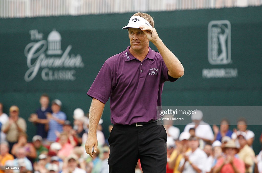 <a gi-track='captionPersonalityLinkClicked' href=/galleries/search?phrase=Stuart+Appleby&family=editorial&specificpeople=183401 ng-click='$event.stopPropagation()'>Stuart Appleby</a> of Australia waves to the gallery after his birdie putt on the 18th green to finish with an 11-under par 59 during the final round of the Greenbrier Classic on The Old White Course at the Greenbrier Resort on August 1, 2010 in White Sulphur Springs, West Virginia.