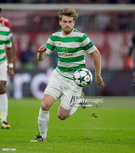 Stuart Armstrong of Celtic FC runs with the ball during the UEFA Champions League group B match between Bayern Muenchen and Celtic FC at Allianz...