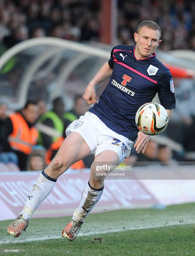 Stuart Beavon of Preston attacks during the npower League One match between Brentford and Preston North End at Griffin Park on March 16, 2013 in London, England,
