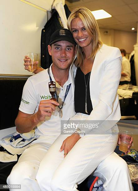 Stuart Broad of England and girlfriend Bealey Mitchell celebrate with the ashes urn in the dressing rooms after the 5th Investec Ashes Test match...