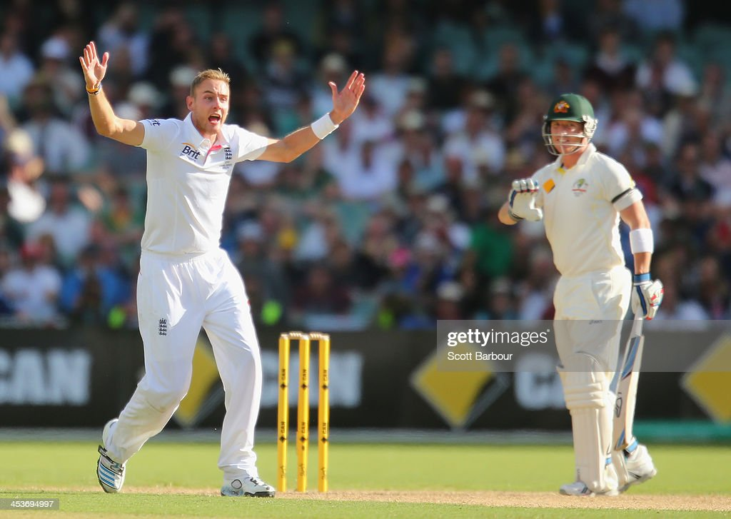 <a gi-track='captionPersonalityLinkClicked' href=/galleries/search?phrase=Stuart+Broad&family=editorial&specificpeople=574360 ng-click='$event.stopPropagation()'>Stuart Broad</a> of England appeals unsuccessfully for LBW against <a gi-track='captionPersonalityLinkClicked' href=/galleries/search?phrase=Brad+Haddin&family=editorial&specificpeople=193800 ng-click='$event.stopPropagation()'>Brad Haddin</a> of Australia during day one of the Second Ashes Test Match between Australia and England at Adelaide Oval on December 5, 2013 in Adelaide, Australia.