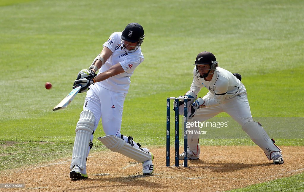 Stuart Broad of England bats during day two of the First Test match between New Zealand and England at University Oval on March 7, 2013 in Dunedin, New Zealand.