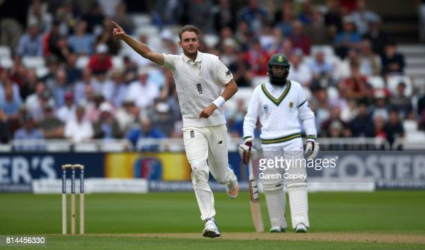 Stuart Broad of England celebrates dismissing Quinton de Kock of South Africa during day one of the 2nd Investec Test match between England and South...