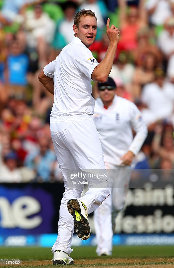 <a gi-track='captionPersonalityLinkClicked' href=/galleries/search?phrase=Stuart+Broad&family=editorial&specificpeople=574360 ng-click='$event.stopPropagation()'>Stuart Broad</a> of England celebrates his 6th wicket of Trent Boult of New Zealand during day three of the second Test match between New Zealand and England at Basin Reserve on March 16, 2013 in Wellington, New Zealand.