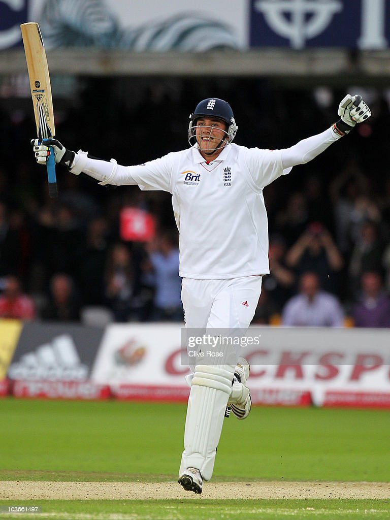 Stuart Broad of England celebrates his century during day two of the 4th npower Test Match between England and Pakistan at Lord's on August 27, 2010 in London, England.