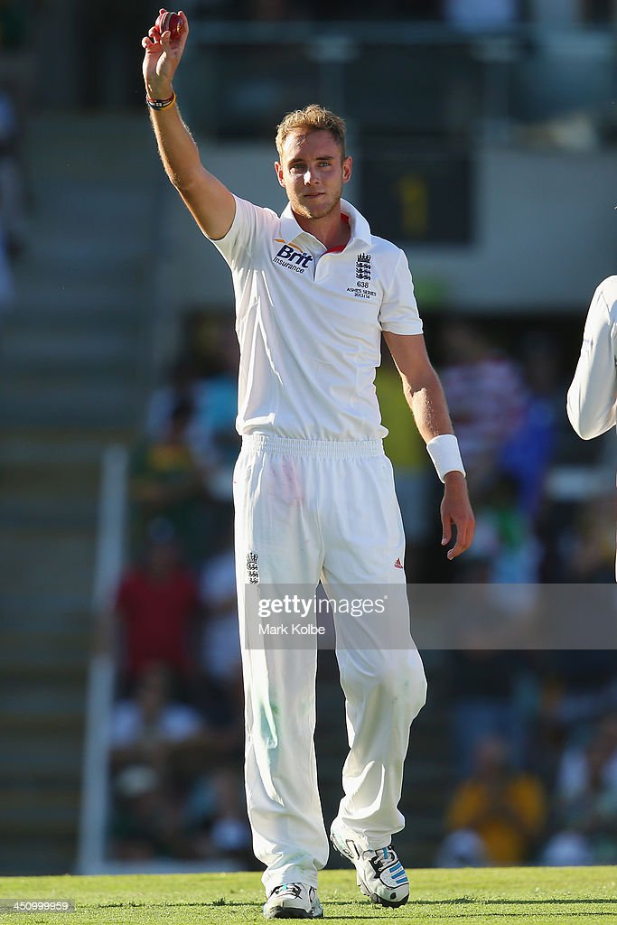 <a gi-track='captionPersonalityLinkClicked' href=/galleries/search?phrase=Stuart+Broad&family=editorial&specificpeople=574360 ng-click='$event.stopPropagation()'>Stuart Broad</a> of England celebrates his fifth wicket of the innings after taking the wicket of Mitchell Johnson of Australia during day one of the First Ashes Test match between Australia and England at The Gabba on November 21, 2013 in Brisbane, Australia.