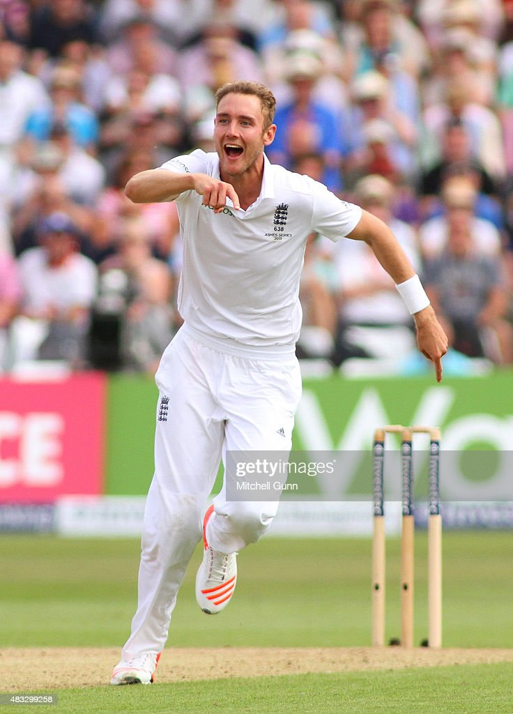 <a gi-track='captionPersonalityLinkClicked' href=/galleries/search?phrase=Stuart+Broad&family=editorial&specificpeople=574360 ng-click='$event.stopPropagation()'>Stuart Broad</a> of England celebrates taking the wicket of Steven Smith of Australia during day two of the 4th Investec Ashes Test match between England and Australia at Trent Bridge on August 7, 2015 in Nottingham, United Kingdom.
