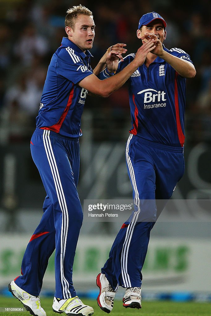 Stuart Broad of England celebrates the wicket of Hamish Rutherford of New Zealand during the 1st T20 International between New Zealand and England at Eden Park on February 9, 2013 in Auckland, New Zealand.