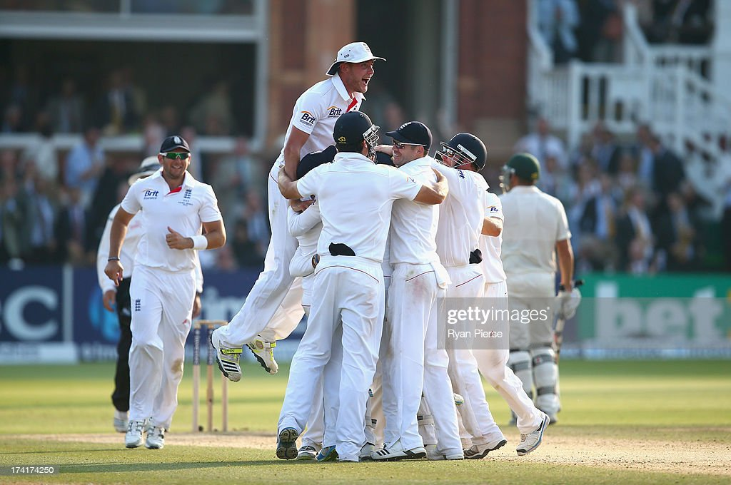 <a gi-track='captionPersonalityLinkClicked' href=/galleries/search?phrase=Stuart+Broad&family=editorial&specificpeople=574360 ng-click='$event.stopPropagation()'>Stuart Broad</a> of England celebrates with his teammates after Graeme Swann of England took the final wicket to claim victory during day four of the 2nd Investec Ashes Test match between England and Australia at Lord's Cricket Ground on July 21, 2013 in London, England.