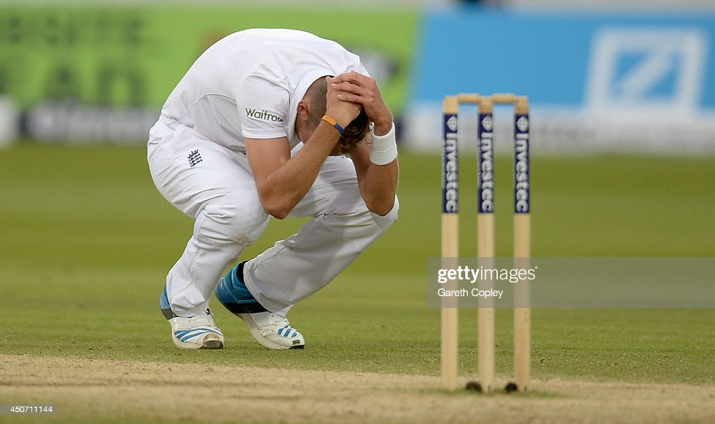 <a gi-track='captionPersonalityLinkClicked' href=/galleries/search?phrase=Stuart+Broad&family=editorial&specificpeople=574360 ng-click='$event.stopPropagation()'>Stuart Broad</a> of England reacts after bowling the final ball of the match to Nuwan Pradeep of Sri Lanka during day five of 1st Investec Test match between England and Sri Lanka at Lord's Cricket Ground on June 16, 2014 in London, England.
