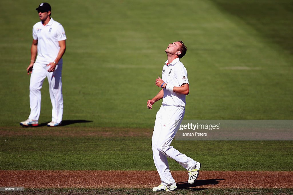 Stuart Broad of England shows his disappointment after a miss field during day two of the First Test match between New Zealand and England at University Oval on March 7, 2013 in Dunedin, New Zealand.