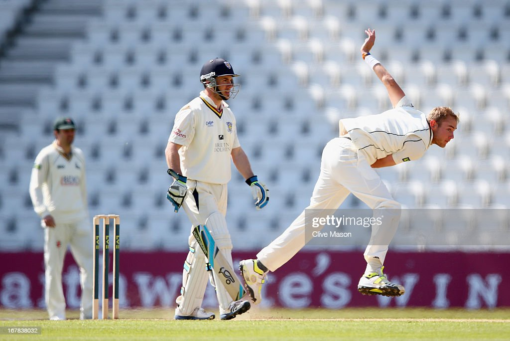 <a gi-track='captionPersonalityLinkClicked' href=/galleries/search?phrase=Stuart+Broad&family=editorial&specificpeople=574360 ng-click='$event.stopPropagation()'>Stuart Broad</a> of Nottinghamshire in action bowling as Will Smith of Durham looks on during day three of the LV County Championship division one match between Nottinghamshire and Durham at Trent Bridge on May 01, 2013 in Nottingham, England.