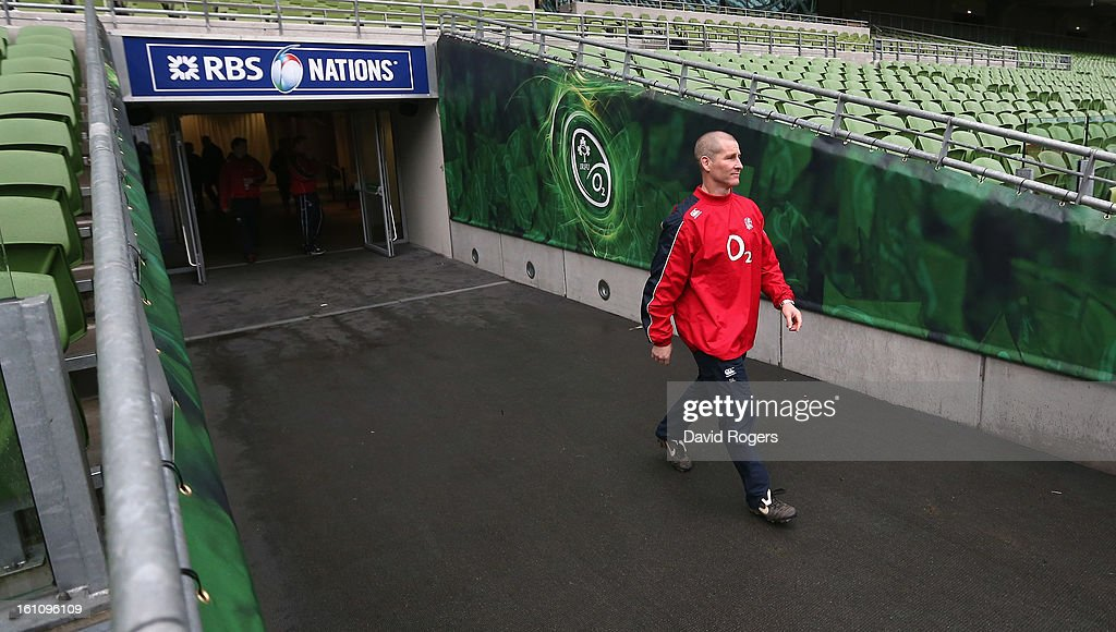 <a gi-track='captionPersonalityLinkClicked' href=/galleries/search?phrase=Stuart+Lancaster&family=editorial&specificpeople=2263180 ng-click='$event.stopPropagation()'>Stuart Lancaster</a>, the England head coach walks down the tunnel during the England captain's run at the Aviva Stadium on February 9, 2013 in Dublin, Ireland.