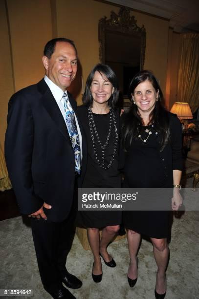 Stuart Match Suna Brooke Garber Naidich and Deborah Perelman attend Dinner party to celebrate The Child Mind Institute's 2010 Adam Jeffrey Katz...