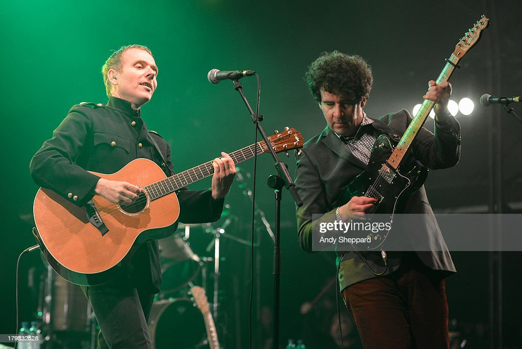 <a gi-track='captionPersonalityLinkClicked' href=/galleries/search?phrase=Stuart+Murdoch&family=editorial&specificpeople=550306 ng-click='$event.stopPropagation()'>Stuart Murdoch</a> and Stevie Jackson of the band Belle & Sebastian perform on stage on Day 3 of End Of The Road Festival 2013 at Larmer Tree Gardens on September 1, 2013 in Salisbury, England.