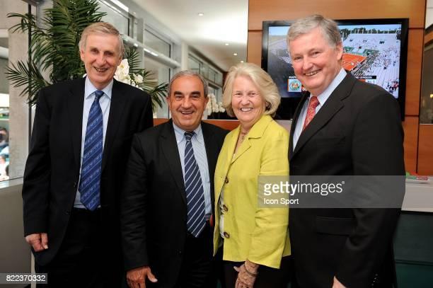 Stuart SMITH / Jean GACHASSIN / Lucy S GARVIN / Steve WOOD rencontre a Roland Garros