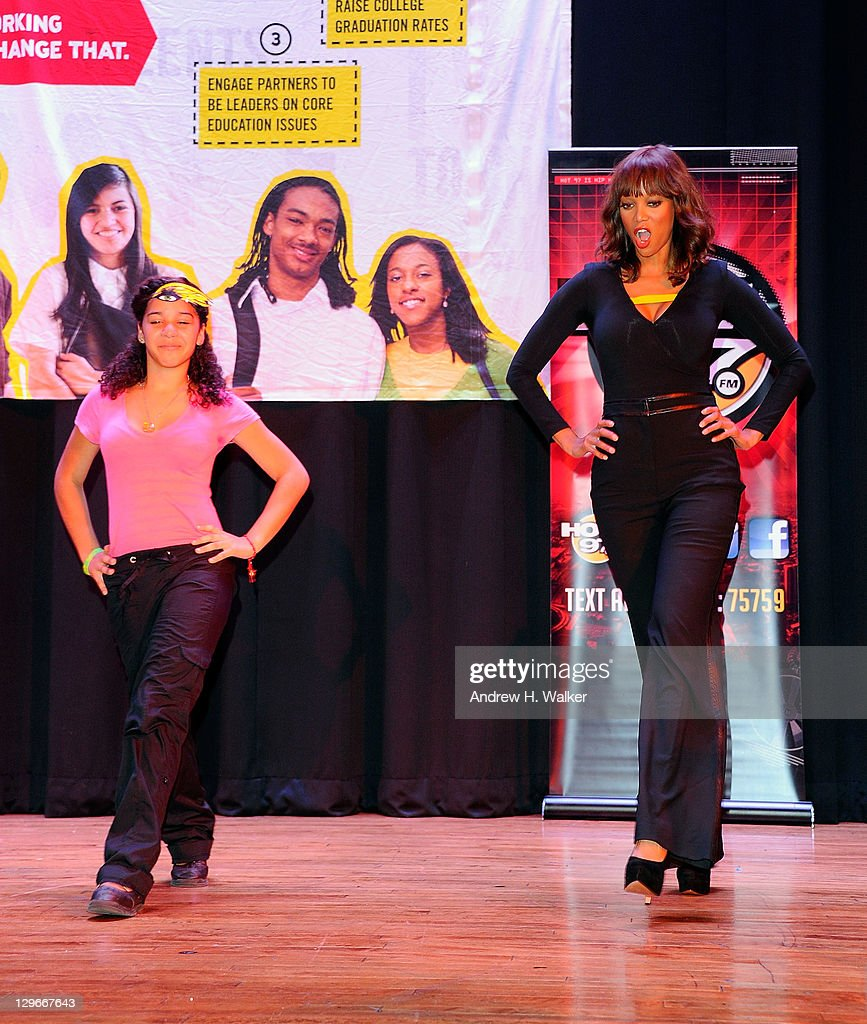 Tyra Banks On The Runway: Get Schooled Foundation & Tyra Banks Surprise 400 Students