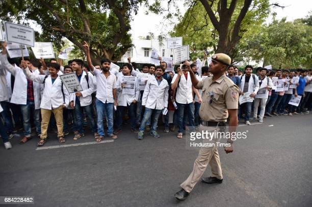 Student protest against NBE Director Bipin Batra outside the Nirman Bhawan on May 17 2017 in New Delhi India Medical students allege a major foul...