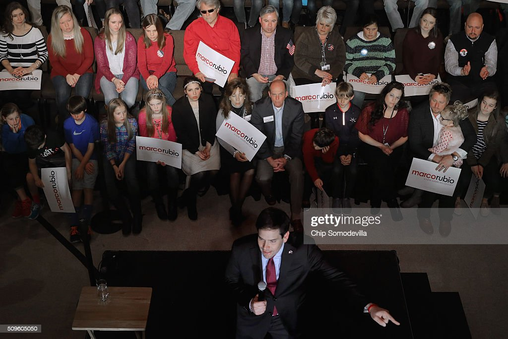Students and their family members and guests listen to Republican presidential candidate Sen. <a gi-track='captionPersonalityLinkClicked' href=/galleries/search?phrase=Marco+Rubio+-+Politiker&family=editorial&specificpeople=11395287 ng-click='$event.stopPropagation()'>Marco Rubio</a> (R-FL) during a campaign town hall meeting at the February 11, 2016 in Simpsonville, South Carolina. Earlier in the week Rubio placed fifth in the New Hampshire primary, behind fellow GOP candidates Jeb Bush, John Kasich, Sen. Ted Cruz (R-TX) and Donald Trump, who won with 35 percent of the vote.