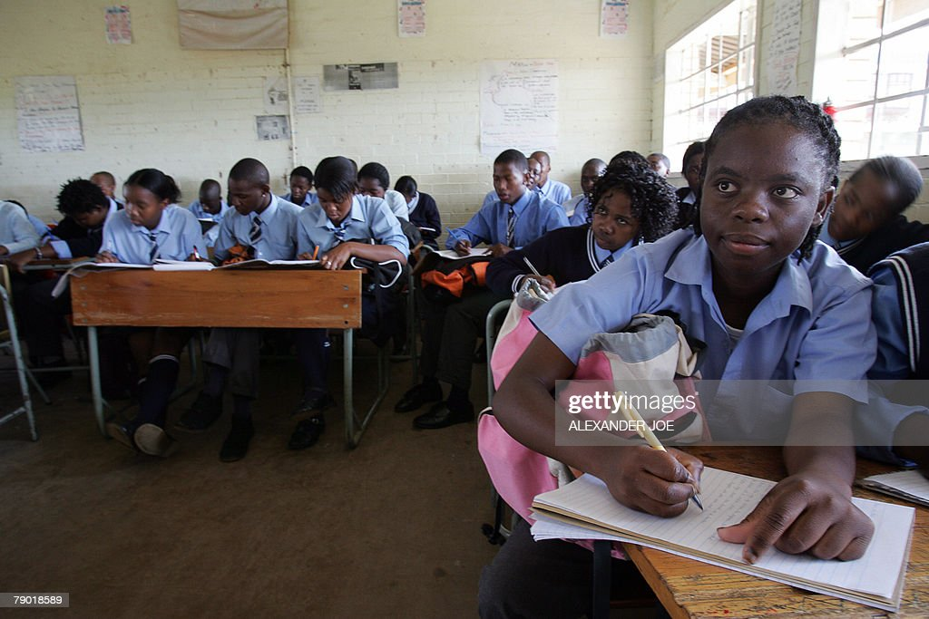 Students at Ibhongo High School, in the heart of South ...
