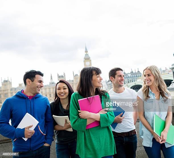 ロンドンの学生