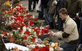 Students mourn in front of the AlbertvilleSchool Centre on March 12 2009 in Winnenden near Stuttgart Germany 17 year old Tim Kretschmer opened fire...
