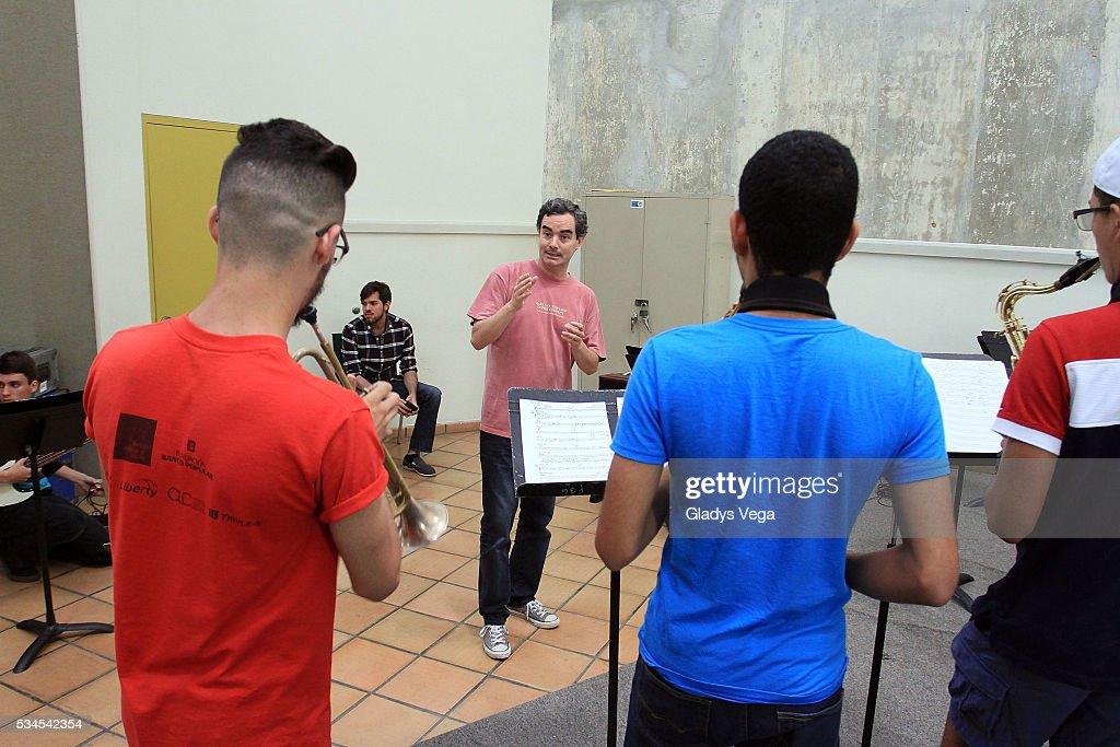 Students of Music in class as part of Latin GRAMMY Master Class at Escuela de Bellas Artes on May 26, 2016 in Carolina, Puerto Rico.