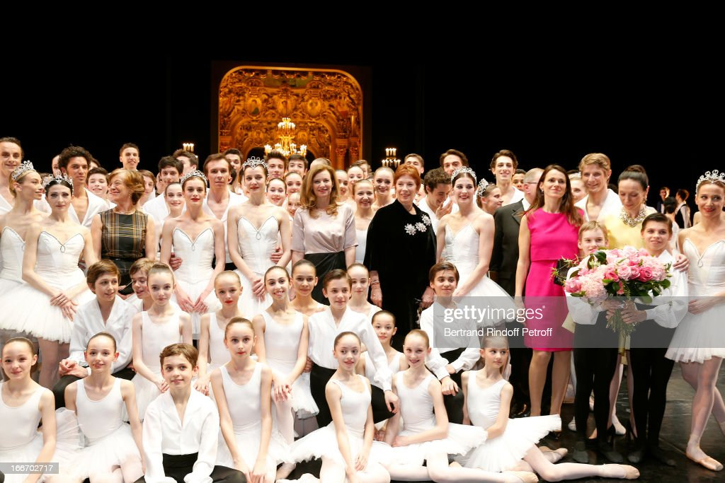 Students of the Dance School and Star Dancers of Opera de Paris Benjamin Pech, Marie Agnes Gillot, Aurelie Dupont and Agnes letestu With Miss Jean-Marc Ayrault, Valerie Trierweiler, Dance Director of the 'Opera de Paris' Brigitte Lefevre, President of Opera de Paris Bernard Stirn, Aurelie Filippetti and Director of School Dance of Opera de Paris Elisabeth Platel (in yellow) on stage while Tricentenary of the French dance school, AROP Gala, at Opera Garnier on April 15, 2013 in Paris, France.