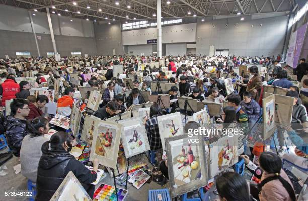Students participate in a fine arts mock exam at Yanta District on November 13 2017 in Xi'an Shaanxi Province of China More than 10000 students of...