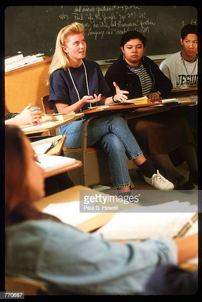 Students participate in English class at the High School for the Performing and Visual Arts February 22 1993 in Houston Texas Diversity in...