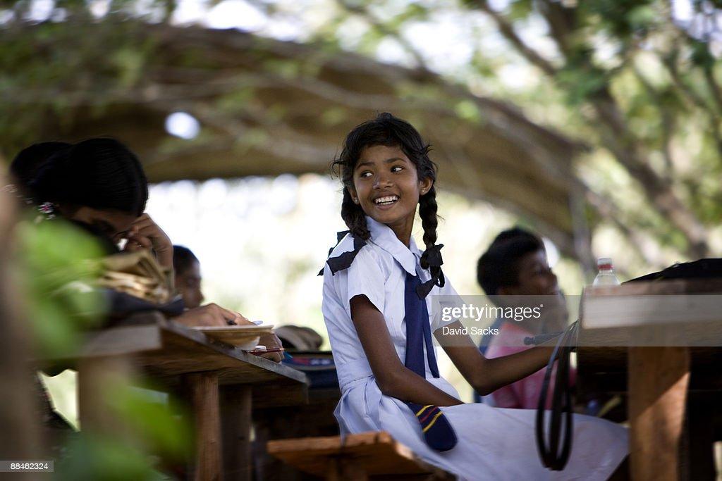 Sri lankan neud teen photose