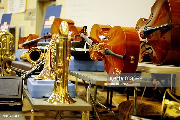Students receive a $35000 donation of musical instruments at Ron Russell Middle School on September 17 2015 in Portland Oregon