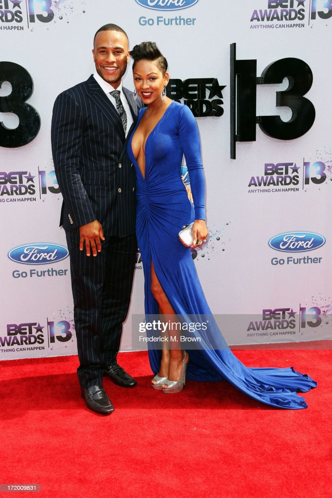 Studio executieve DeVon Franklin and actress Meagan Good attend the 2013 BET Awards at Nokia Theatre L.A. Live on June 30, 2013 in Los Angeles, California.