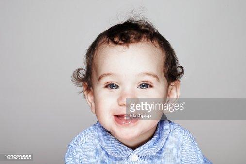 Studio portrait of boy : Stock-Foto