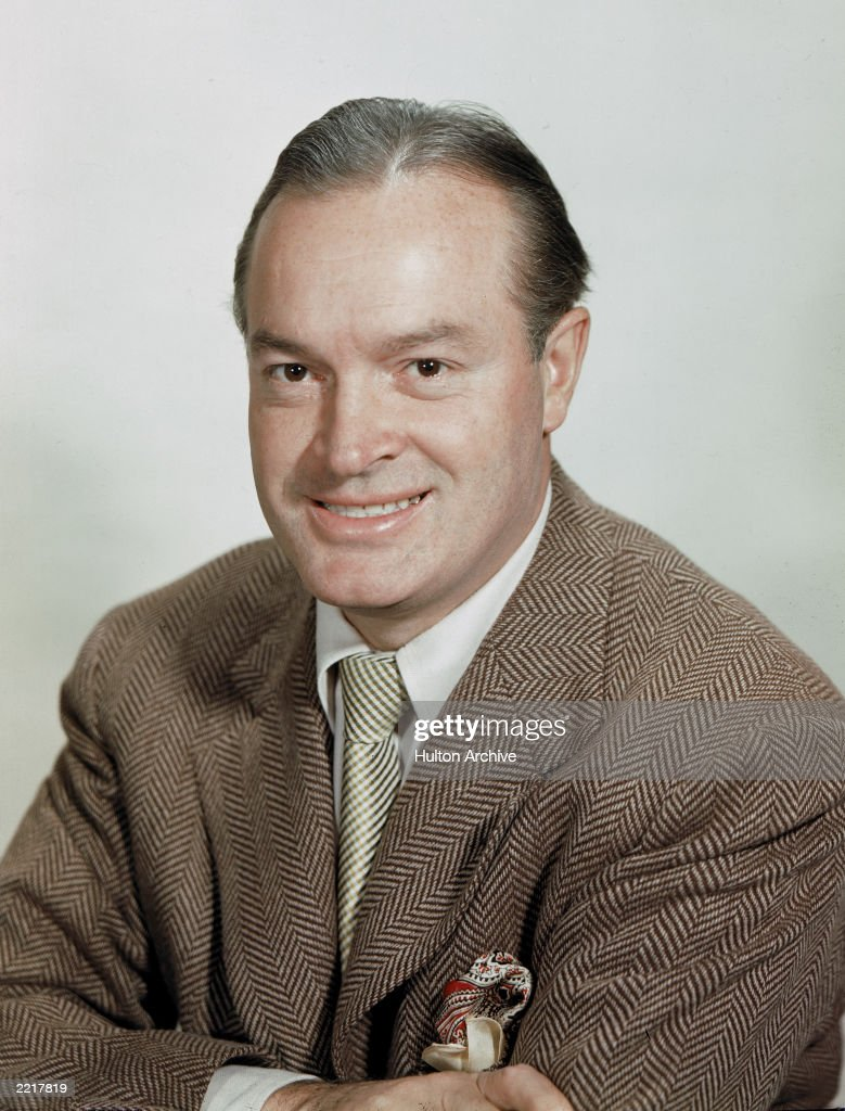 Studio portrait of British-born comedian and actor <a gi-track='captionPersonalityLinkClicked' href=/galleries/search?phrase=Bob+Hope+-+Comedian&family=editorial&specificpeople=70010 ng-click='$event.stopPropagation()'>Bob Hope</a> (1903 - 2003), 1940s.