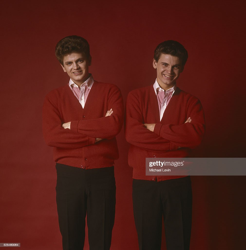 Studio portrait of pop celebrity musicians the Everly Brothers, Phil (left) and Don.