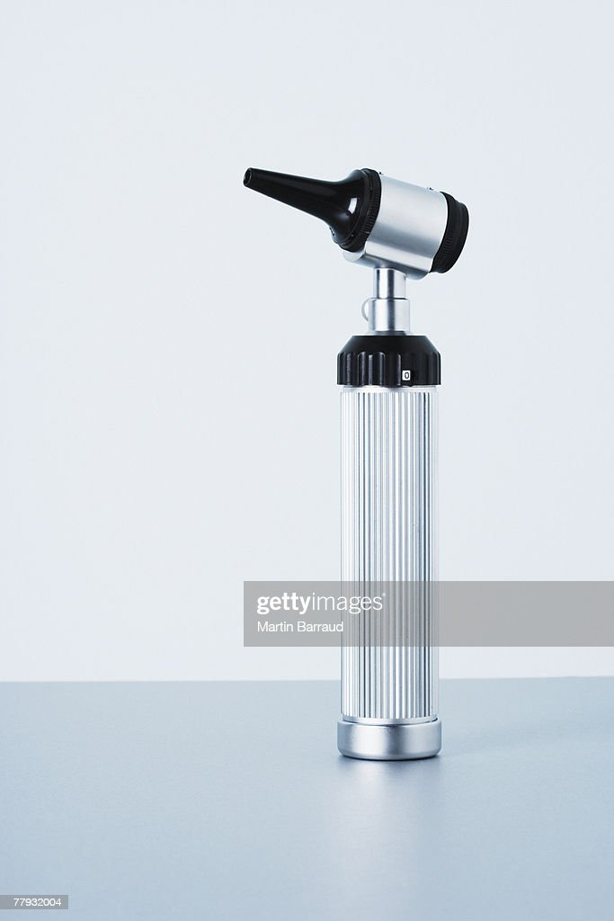 A studio shot of an otoscope : Stockfoto