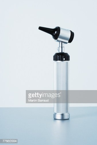 A studio shot of an otoscope : Foto de stock