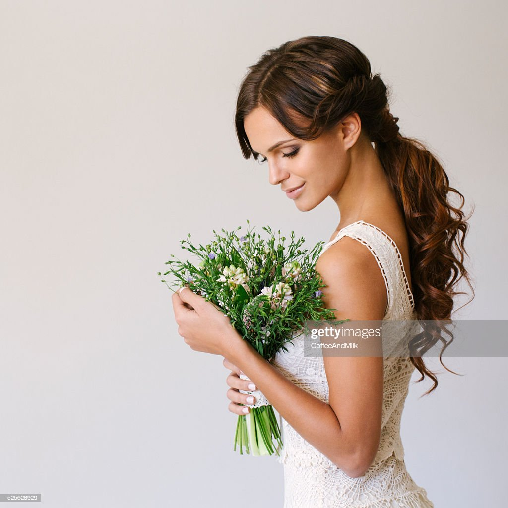 Studio shot of young beautiful bride : Stock Photo