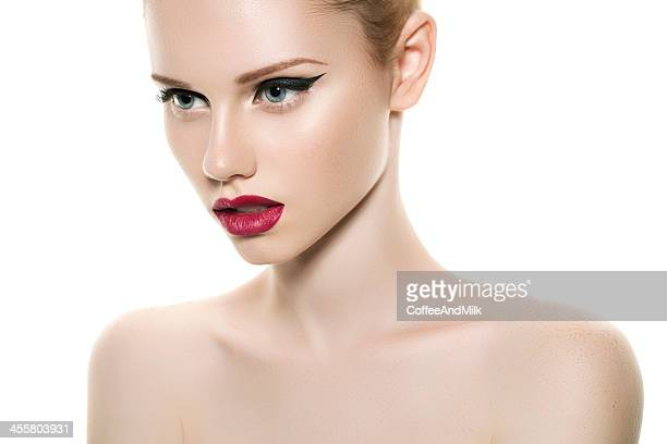Fotografia de estúdio de jovem Mulher bonita
